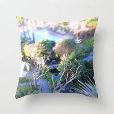 In focus Throw Pillow