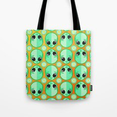 Happy Alien and Daisy Nineties Grunge Pattern Tote Bag