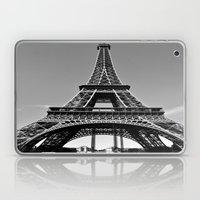 Tower Eiffel En Noir Laptop & iPad Skin