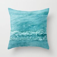 dream higher  Throw Pillow