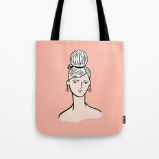 fille portant cheveux Tote Bag