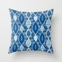 Boubou ! Throw Pillow