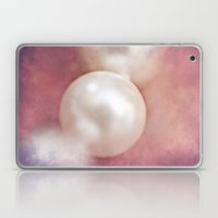 Vintage Pearl Laptop & iPad Skin