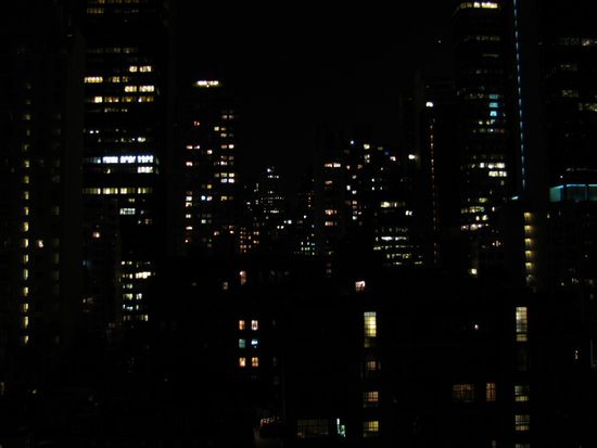 1 city night Art Print
