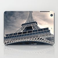 Towering Eiffel Tower iPad Case