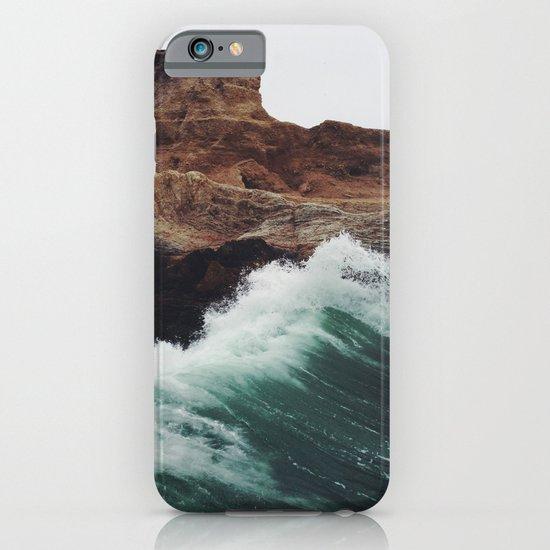Montaña Wave iPhone & iPod Case