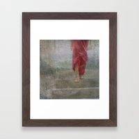 Abajo de mi piel Framed Art Print