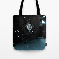 WHITEOUT : Wintree Tote Bag