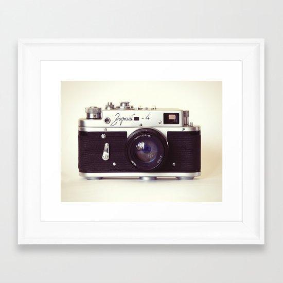 Zorki vintage camera Framed Art Print