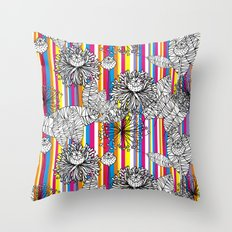 Papoula Throw Pillow
