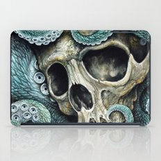 Please my love, don't die so far from the sea... iPad Case
