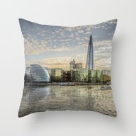 London Waterfront Throw Pillow