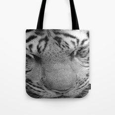 Le Tigre Pendant Sa Sieste Tote Bag