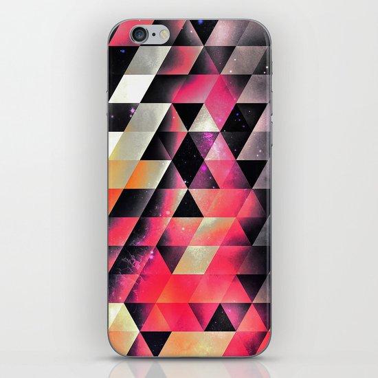 fyrlyrne fyyrth iPhone & iPod Skin