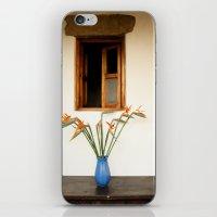 GUATEMALAN BIRD OF PARADISE iPhone & iPod Skin