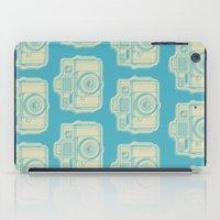 I Still Shoot Film Holga Logo - Turquoise/Tan iPad Case
