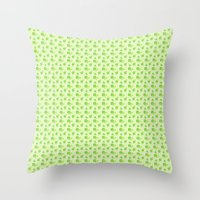PATTERN FOUR-LEAF CLOVER Throw Pillow