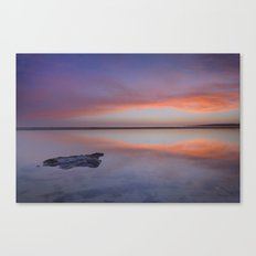 Purple reflections at the sea. Bolonia Canvas Print