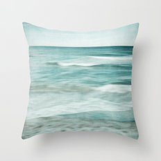 soft waves Throw Pillow