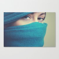 blue sees Canvas Print