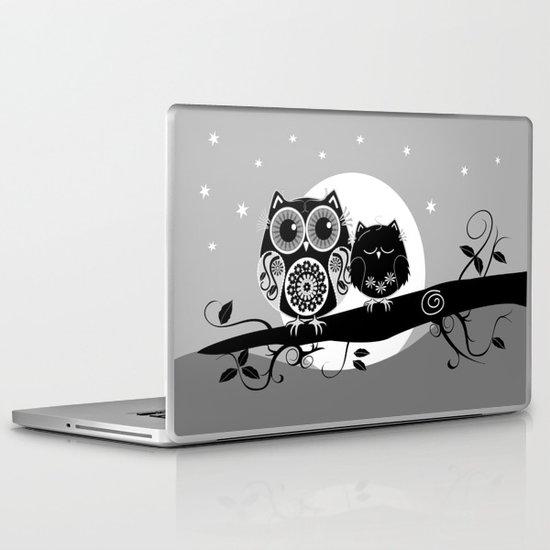 B&W Flower power Owl and her Sleepy Baby Laptop & iPad Skin