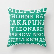 Life's a beach - Emerald Throw Pillow
