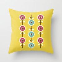 Scandinavian inspired flower pattern - yellow background Throw Pillow