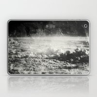 Somewhere Over The Clouds (I Laptop & iPad Skin