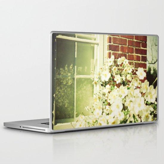 Beauty in an Ordinary Day Laptop & iPad Skin