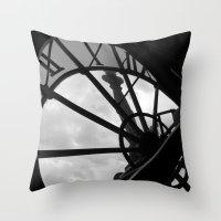 Horloge d'Orsay Throw Pillow