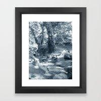 Et au milieu coule la rivière  Framed Art Print