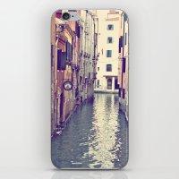 Venezia II iPhone & iPod Skin