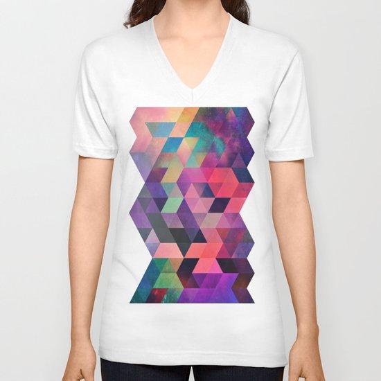 rykynnzyyll V-neck T-shirt