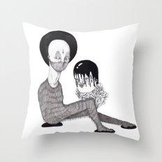 Desmembrado Throw Pillow
