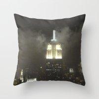 Gotham city Throw Pillow