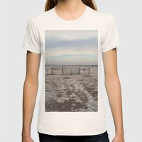 Snowy Gate Womens Fitted Tee Natural SMALL