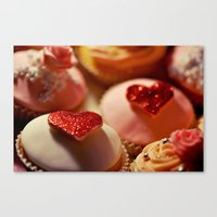 heart cupcakes Canvas Print