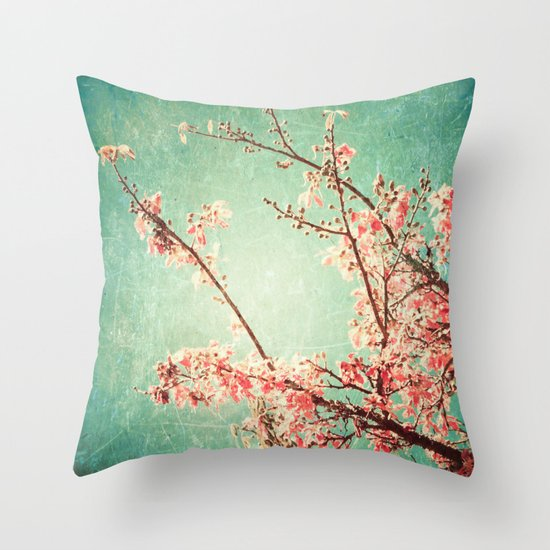 Pink Autumn Leafs on Blue Textured Sky (Vintage Nature Photography) Throw Pillow