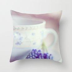 A taste of spring Throw Pillow