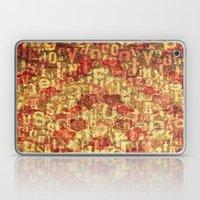 Buchstaben und Blumen Laptop & iPad Skin