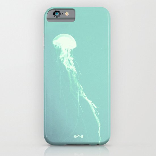 Pulsating Cnidaria. iPhone & iPod Case