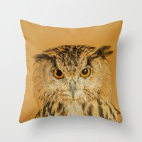 OWL RIGHT ON THE NIGHT Throw Pillow