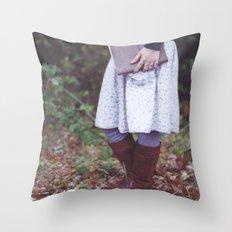 Bookish 03 Throw Pillow