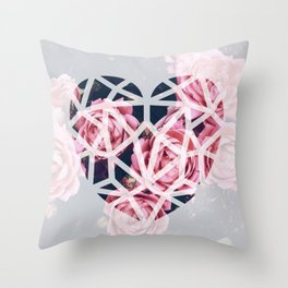 Throw Pillow - heart roses - Lost Empire