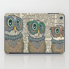 Owl wearing glasses iPad Case
