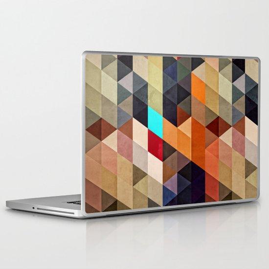 nww pyyce Laptop & iPad Skin