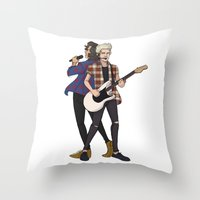 iHeart Harry and Niall Throw Pillow
