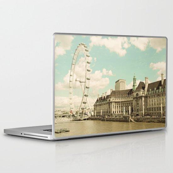 London Eye Love You Laptop & iPad Skin