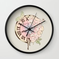 Il y a Beauté dans le Temps (There is Beauty in Time) Wall Clock