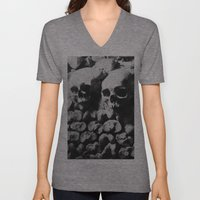 Catacombes Unisex V-Neck
